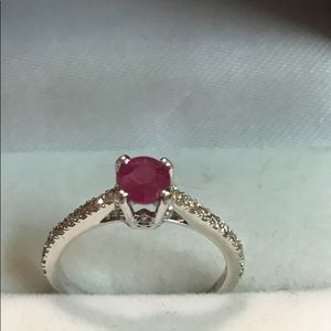 Other - Stunning natural ruby with 14k gold & diamonds
